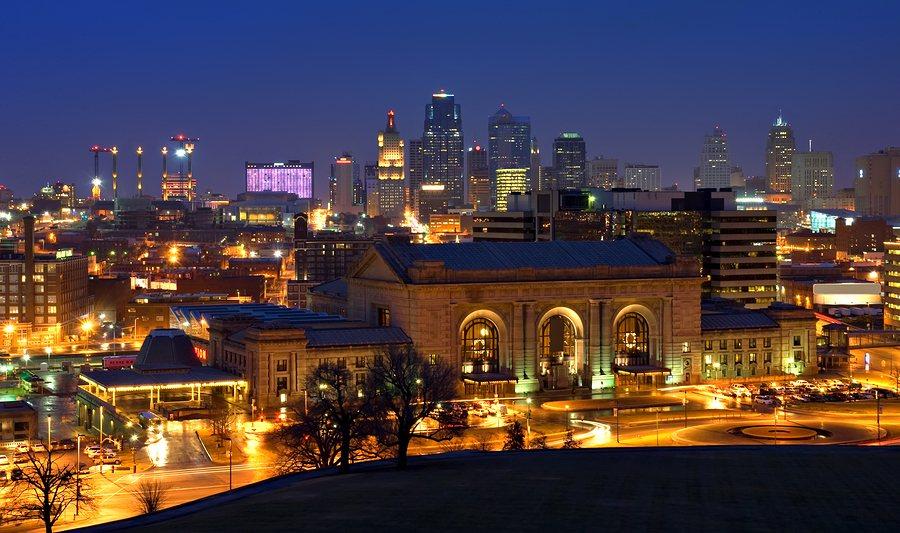 Night time image of the Kansas City Missouri skyline.